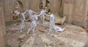 headless-stone-women