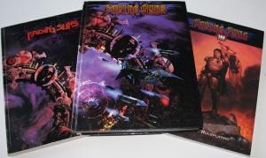 Første udgave, anden udgave og d20 udgaven af Fading Suns.