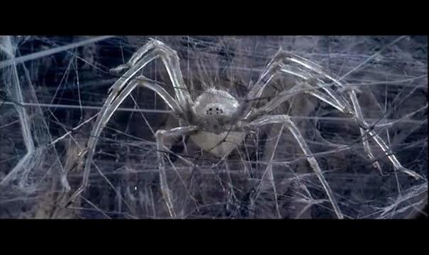 Den store krystaledderkop fra eventyrfilmen Krull (1983).